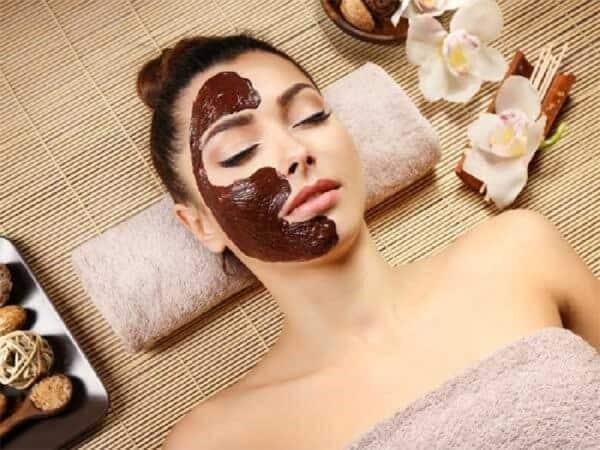 Cách đắp mặt nạ bã cafe giúp trị mụn, xóa quầng thâm và đẹp da