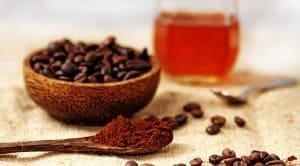 Nguyên liệu mặt nạ cafe và mật ong