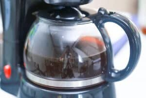 Pha chế cà phê để gội đầu