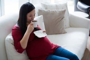 cà phê ảnh hưởng bà bầu