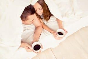 uống cafe trước khi quan hệ tốt
