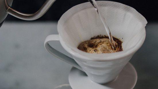 Pour over là gì? Bí quyết pha ly cà phê Drip ngon