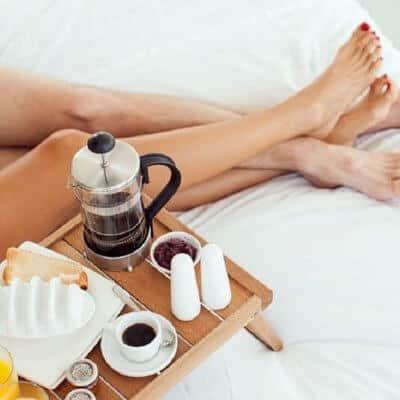 Uống cafe trước khi quan hệ