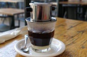 cách pha cà phê sữa đá