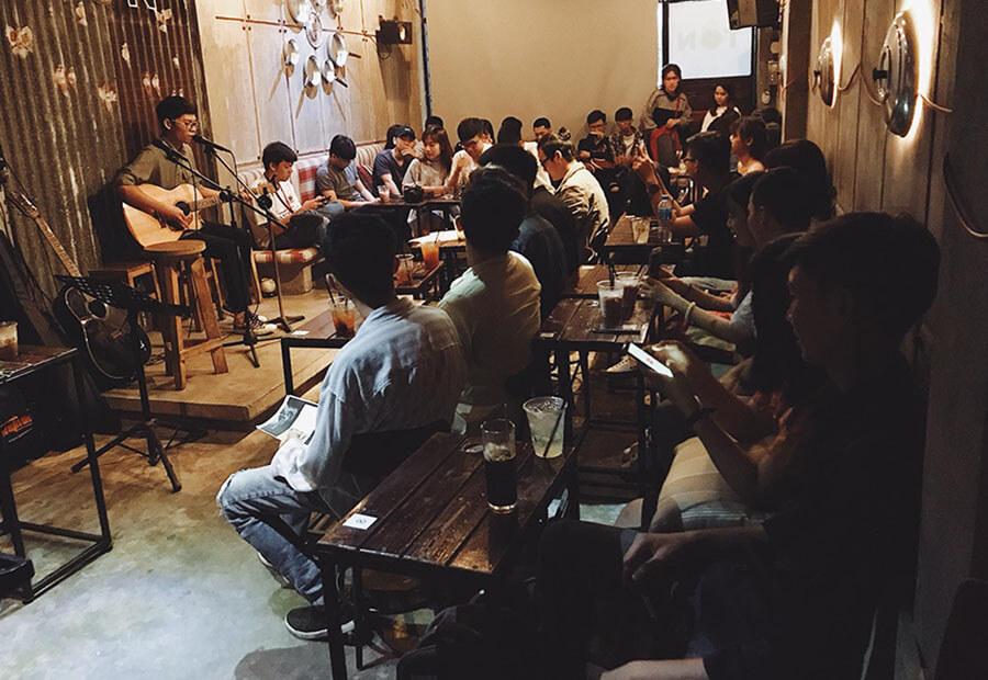 quán cà phê âm nhạc