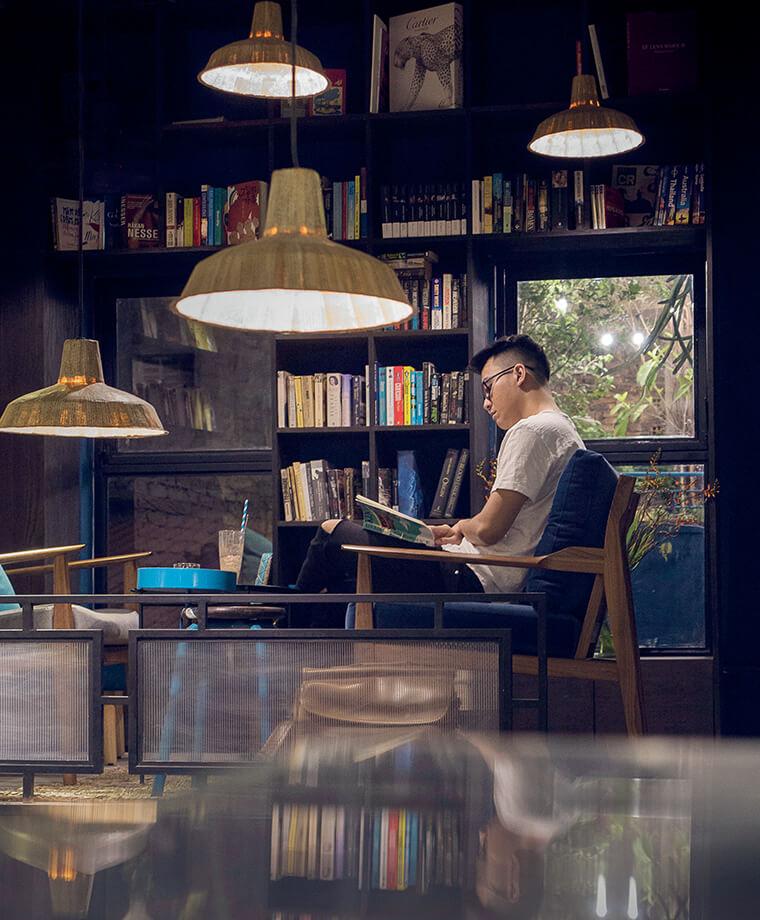 mô hình cafe sách ấn tượng