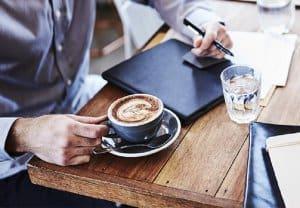 tuyển nhân viên quán cafe