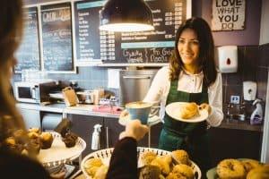 tuyển nhân viên phục vụ quán cafe