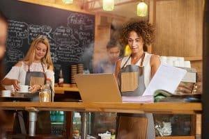 tuyển vị trí quản lý cho quán cafe