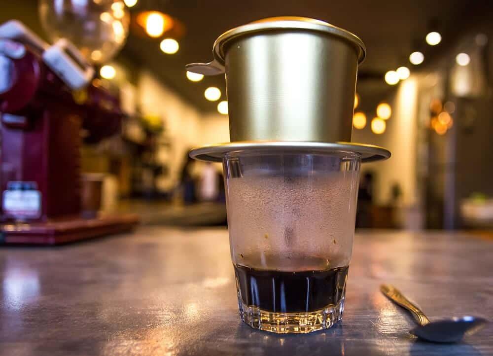 Hướng dẫn cách pha cà phê phin ngon hút khách