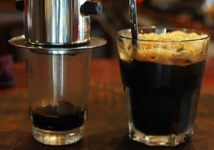 bỏa quản cà phê sau khi pha